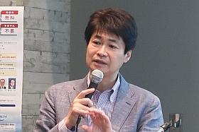 講演をする太田先生
